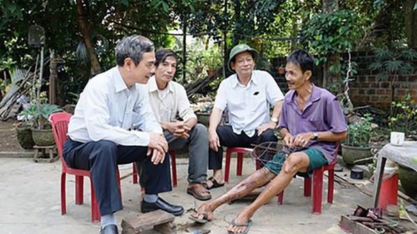 Cần xây dựng chương trình đặc thù hỗ trợ nạn nhân bom mìn, người khuyết tật