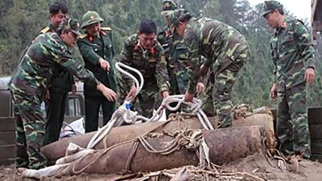 Ưu tiên giải phóng ô nhiễm bom mìn trên địa bàn 5 tỉnh