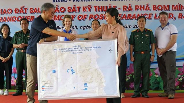 KOICA cam kết chung tay cùng Chính phủ Việt Nam khắc phục hậu quả bom, mìn sau chiến tranh