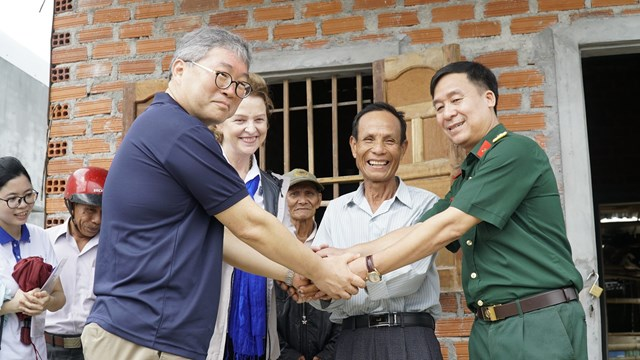 Binh Dinh province: UXO-free land new home to farmers from flood-prone areas