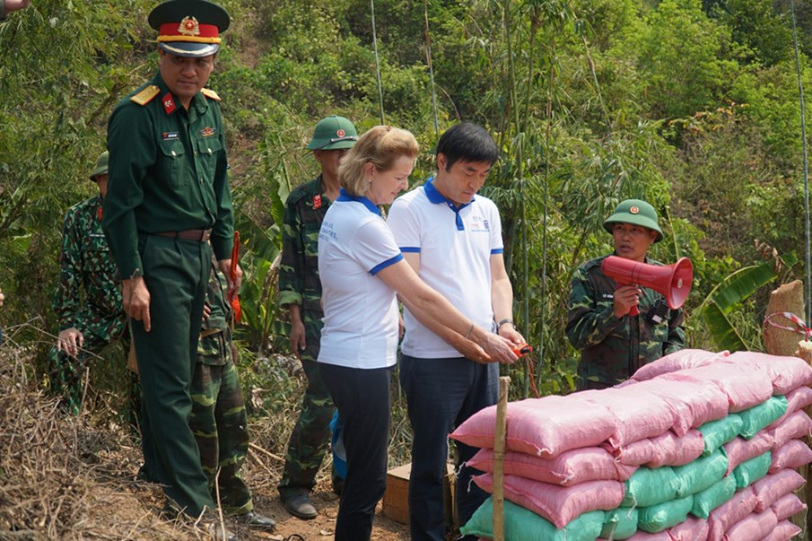 Korea - Viet Nam Mine Action Project
